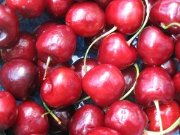 Cherries with Canon A70